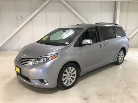 Pre-Owned 2017 Toyota Sienna Limited